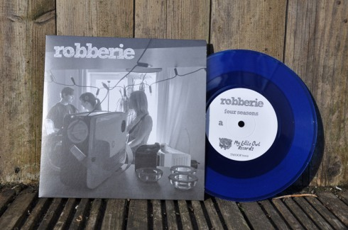 "Four seasons/Academical 7"" vinyl single"